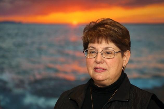 Lois Nuttall
