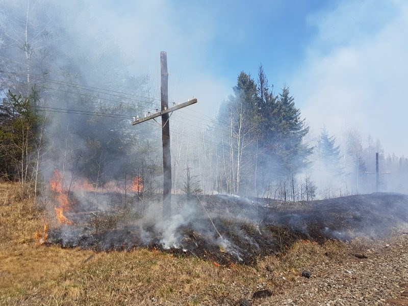 A wildfire in Shuniah came within 30 metres of residences on Wednesday, May 16, 2018. (Shuniah Fire and Emergency Services)