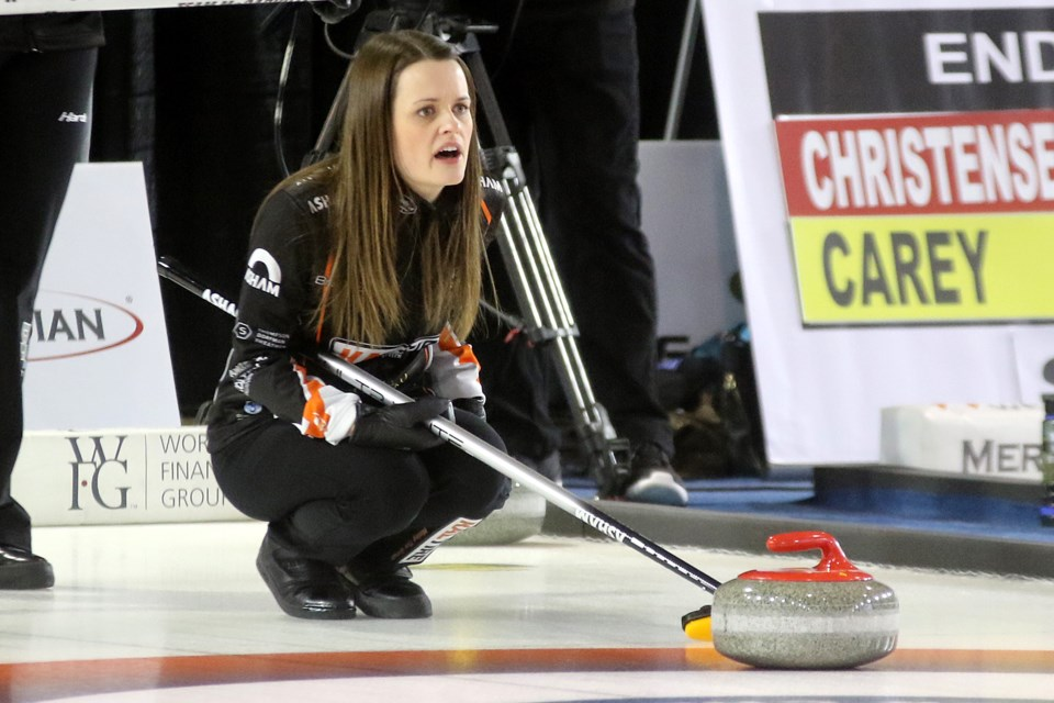 Tracy Fleury calls a shot  in the second end of her Draw 9 match on Thursday, Nov. 8, 2018 at the Pinty's Grand Slam of Curling Tour Challenge at the Thunder Bay Tournament Centre. (Leith Dunick, tbnewswatch.com)