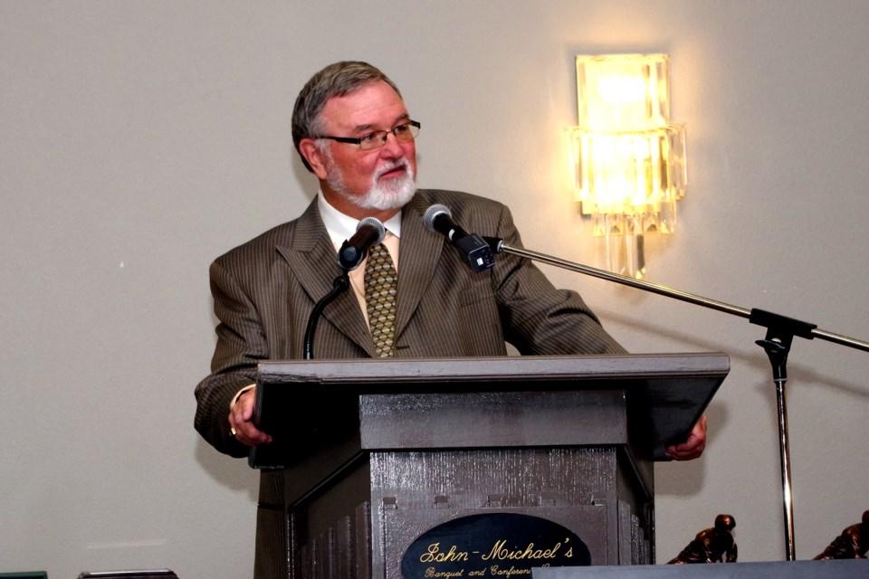 MC and Runway of Recognition co-founder Bob Elliott. Bob Liddycoat / Thorold News