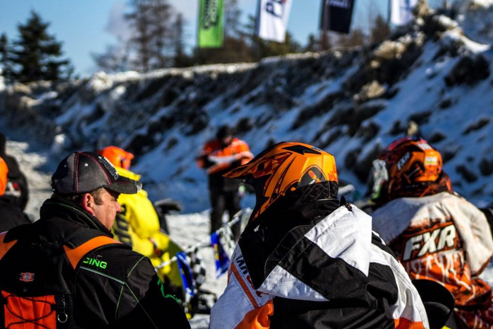 nouveau concept 0965b e1865 14 pictures of Canadian Snowcross Racing: Photo Gallery ...