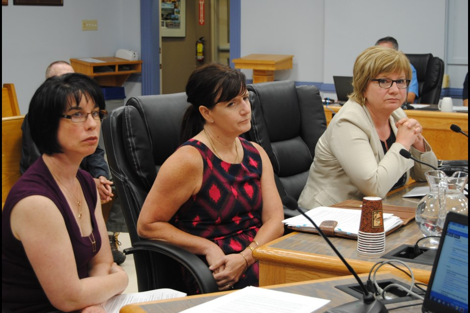 A joint presentation by Timmins Downtown Business Association and Porcupine Health Unit seeks to make no smoking distances greater for public places in Timmins. From Left to Right: Chantal Riopelle, Porcupine Health Unit; Susan Bonsall, Porcupine Health Unit; Ginette Dube, V.P. Downtown Business Association. Frank Giorno for Timminstoday