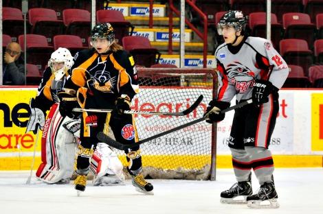 Junior Hockey Roundup Thunderbirds And Eagles Enjoy Wins At Home